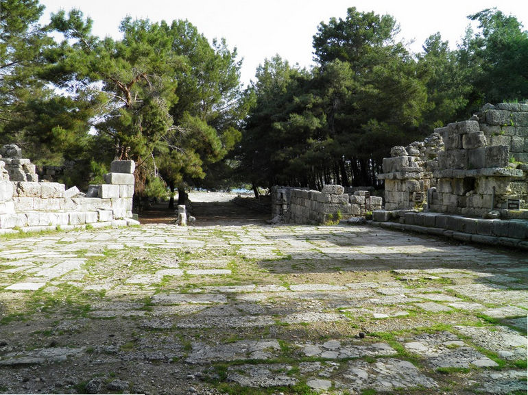 Фаселис: древний город средиземноморского побережья (Турция)