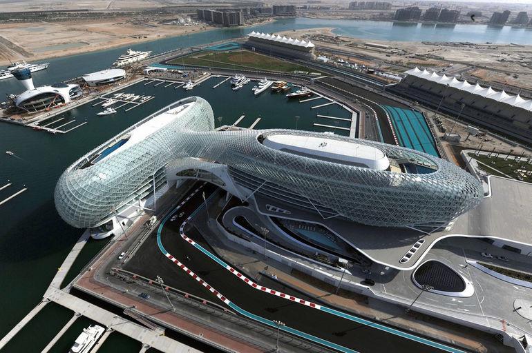 Yas-Marina-Circuit (1)