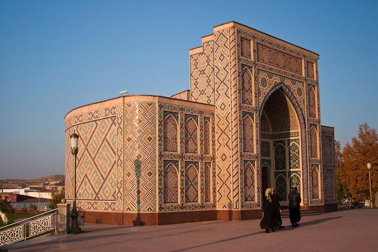 Обсерватория Улугбека в Самарканде (Узбекистан)