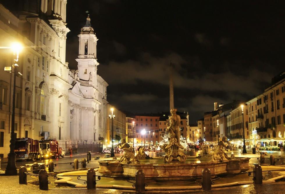 piazza_navona_rome_night