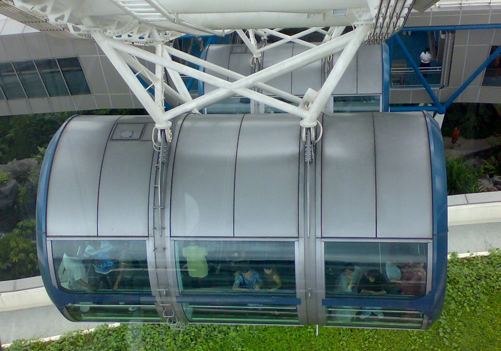 singapore-flyer-capsule31