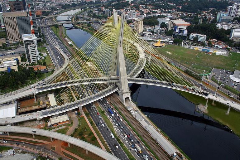 01.203.083 - Ponte Estaiada Octavio F. de Oliveira