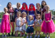 Дни близнецов: фестиваль близнецов в Твинсбурге (США)