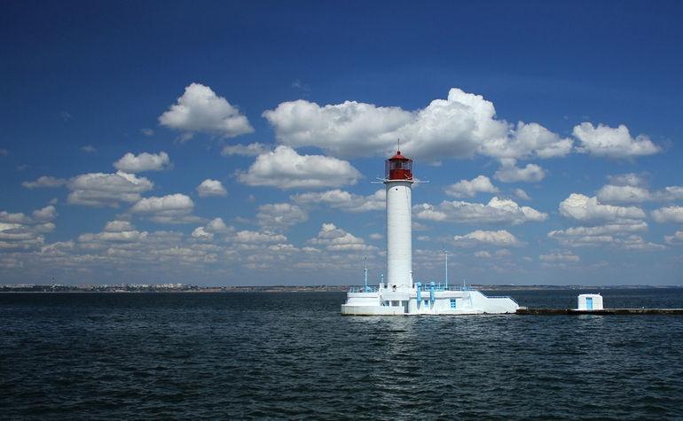 Воронцовский маяк: морская визитная карточка Одессы (Украина)
