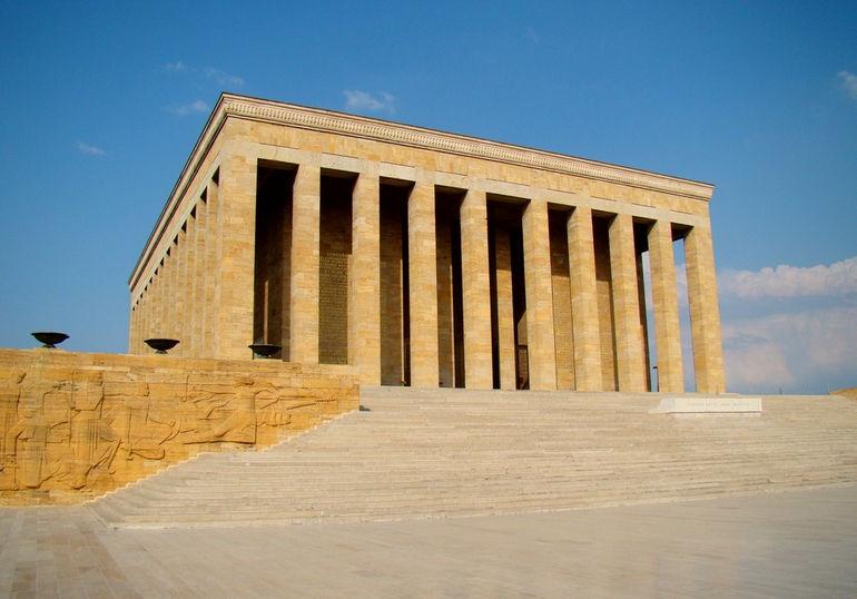 Anitkabir_Mausoleum_Ataturk