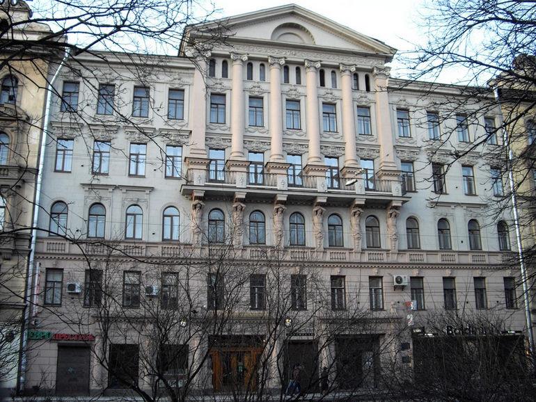 Bolshoy18a