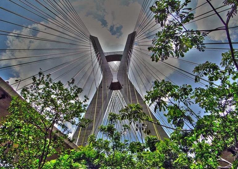 Octavio_Frias_de_Oliveira_Bridge_011