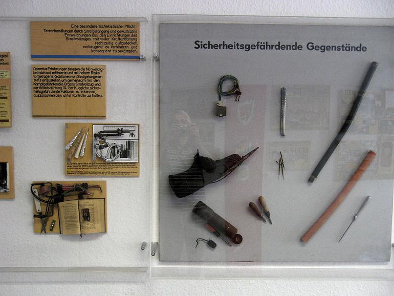 STASI Museum - Concealed Weapons