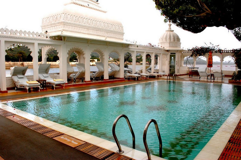 Taj-Lake-Palace-in-Udaipur-4