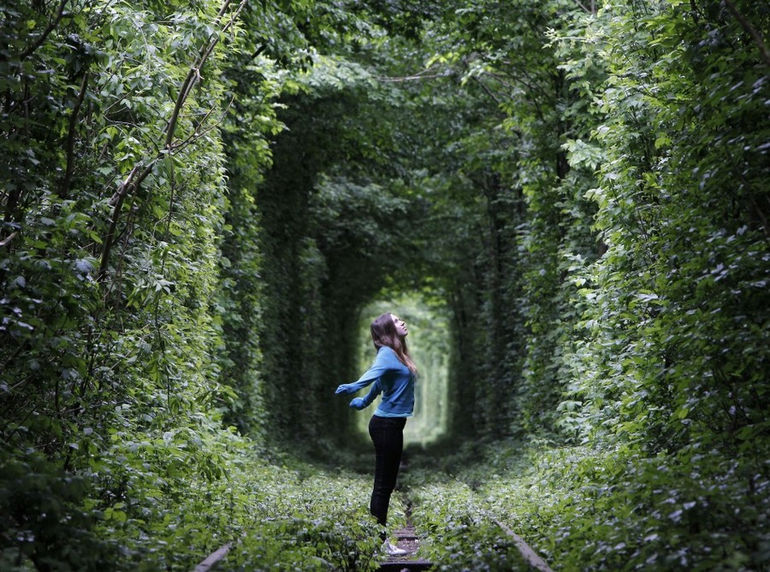 Tunnel_of_Love_Ucraine_pixanews.com-2