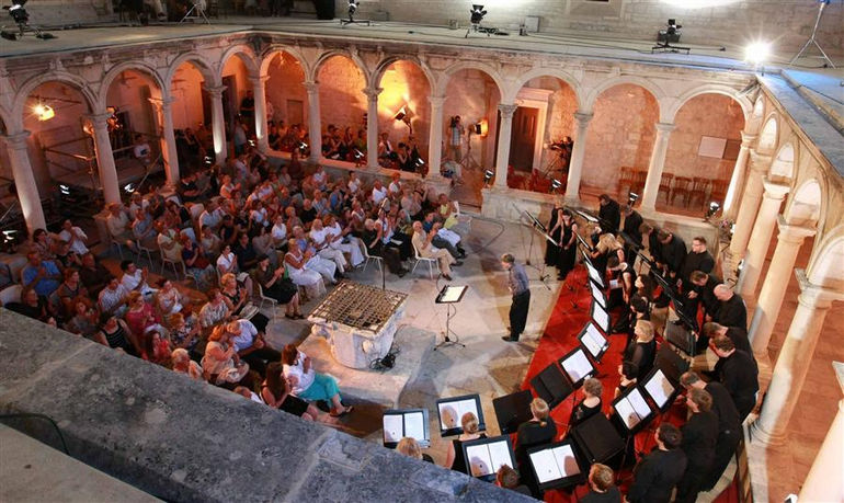 croatia_dalmatia_zadar_events_music_evenings_in_st_donatus_008