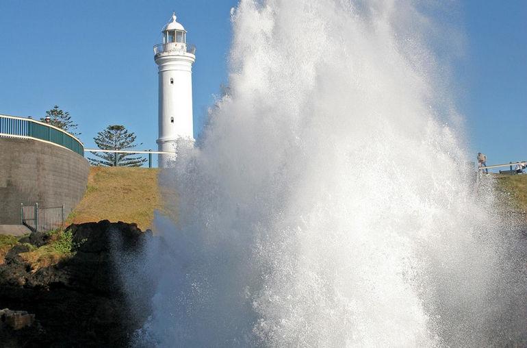 Дыхало Кайэма: один из наибольших природных фонтанов на планете (Австралия)