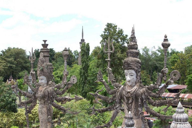 Sala_Keoku,_Buddha_Park_(6032732938)