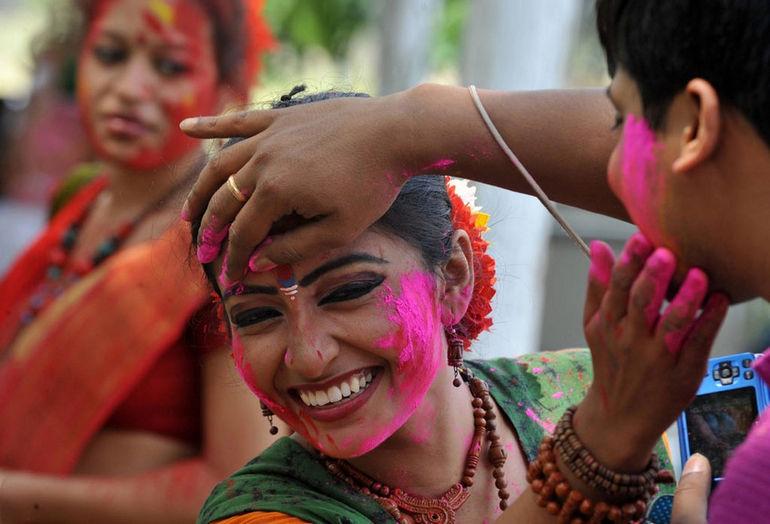 Фестиваль Красок: яркая встреча весны (Индия)
