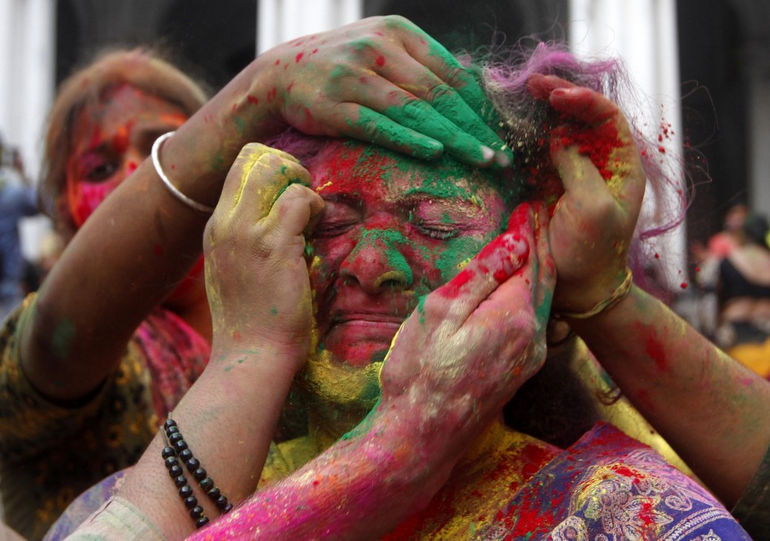 indian-lathmar-holi-festival-barsana-village-uttar-pradesh