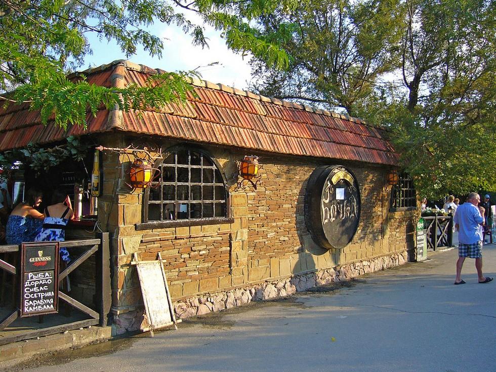 Ресторан,_Коктебель,_Украина