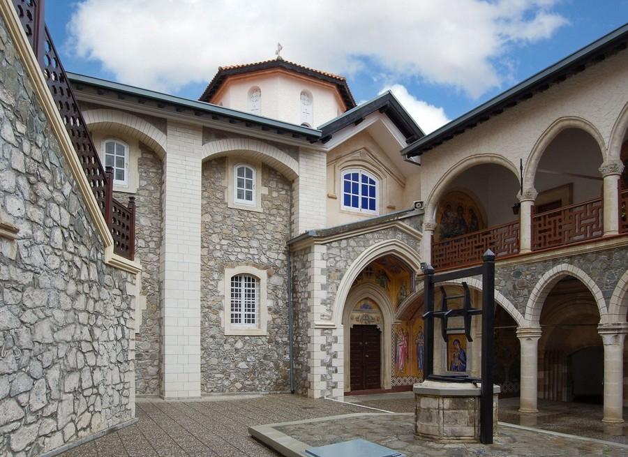 монастырь-Хрисороятисса1