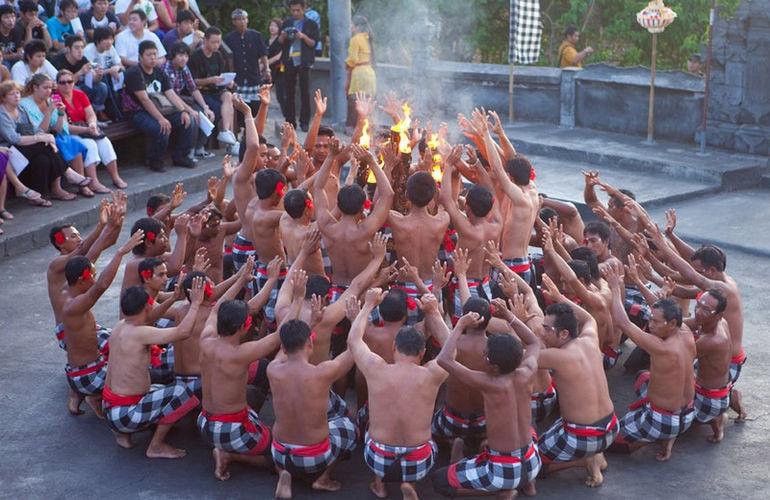 Танец Кечак: удивительное театрализованное шоу (Индонезия)