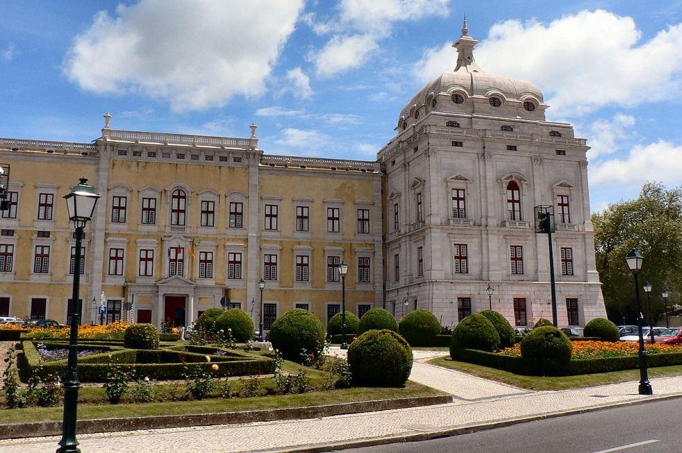 1280px-Palácio_Nacional_de_Mafra(1)