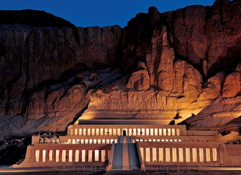 Hram-tsaritsy-Hatshepsut