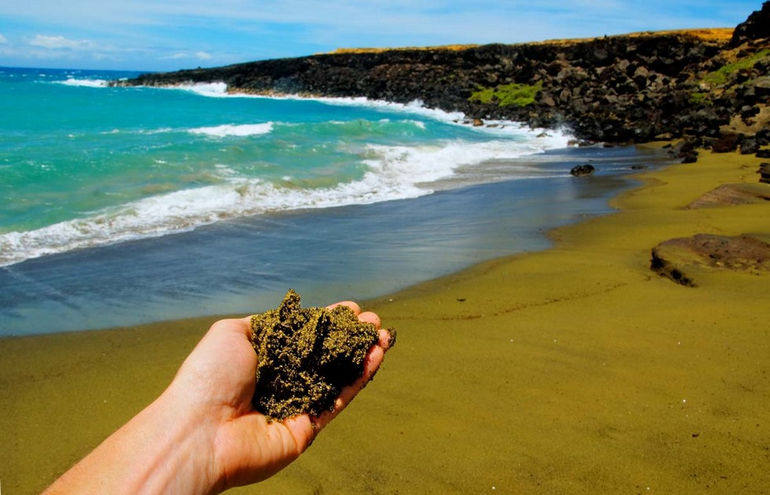 papakolea-green-sand-beach-hawaii