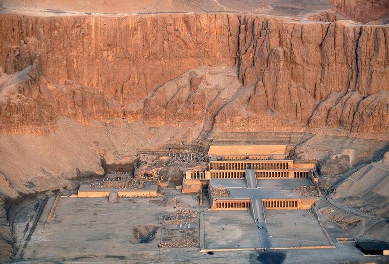 temple-hatshepsut