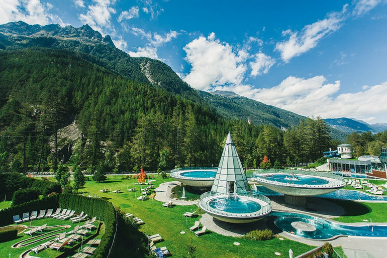 Аквадом, банный комплекс в Австрии