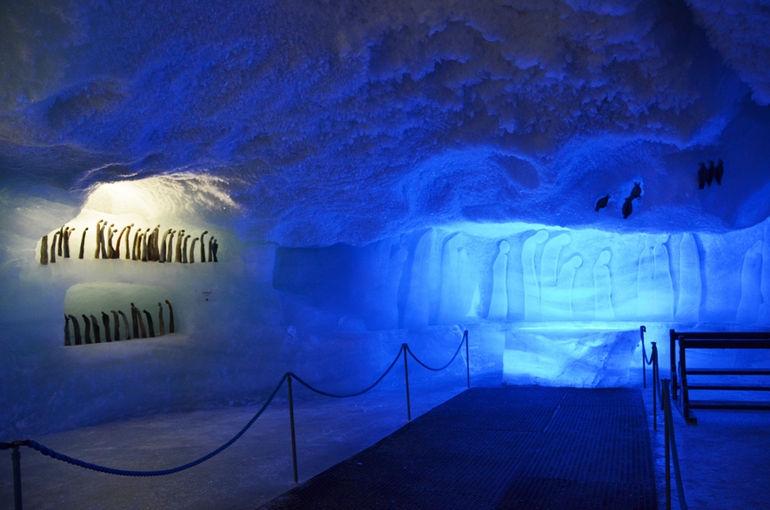 Ледовый павильон в Саас-Фе (Швейцария)