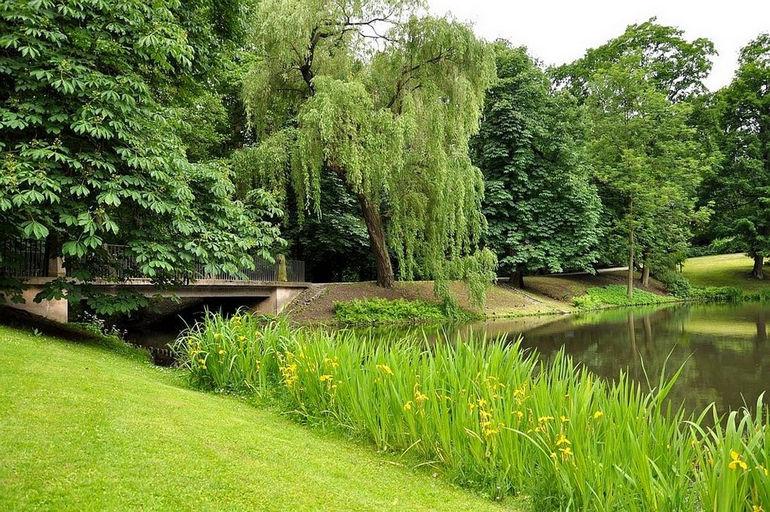 Парк Лазенки в Варшаве (Польша)