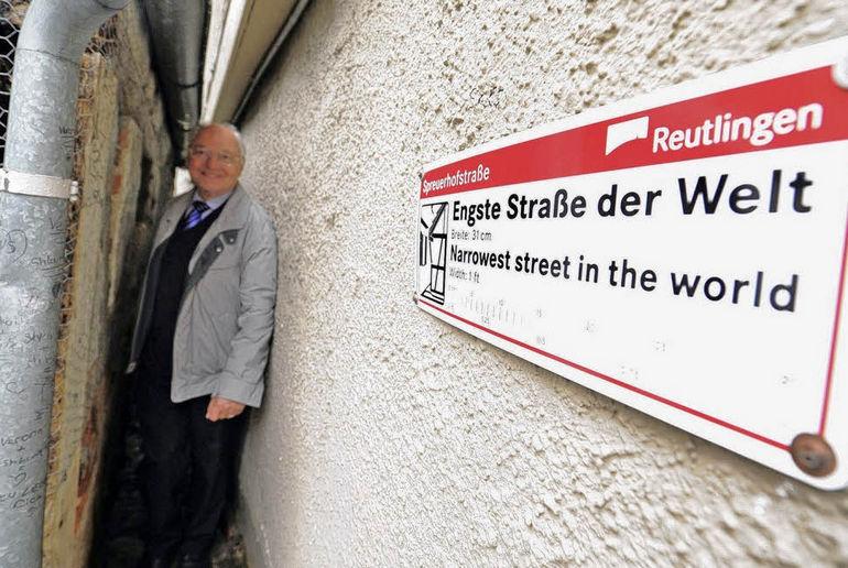 Шпройерхофштрассе: самая узкая в мире улица