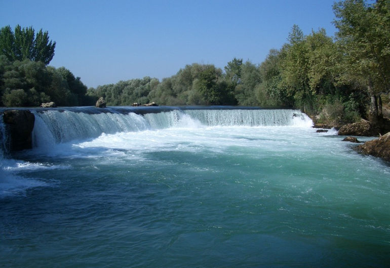 Manavgat_waterfall_by_tomgensler