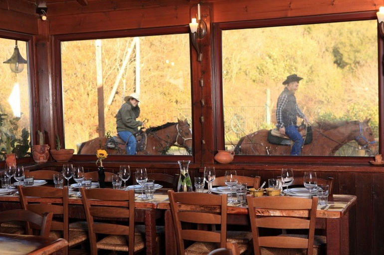 Хабокрим, ковбойский ресторан в Израиле
