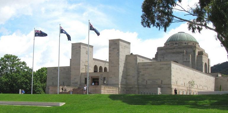 2010.12.10-Australian-War-Memorial-Canberra-IMG_9904