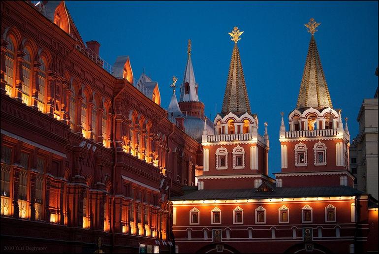 Воскресенские ворота в Москве