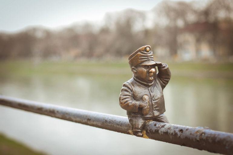 мини-памятники в Ужгороде