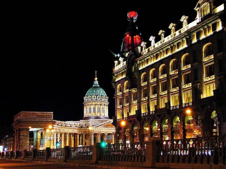 Дом Зингера в Петербурге
