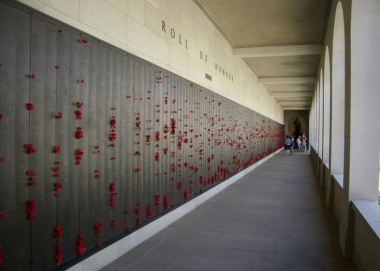 Australian_War_Memorial_World_War_Two_Roll_of_Honor1