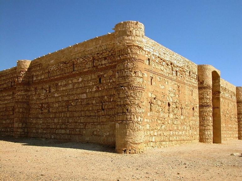 Desert_Castles_038