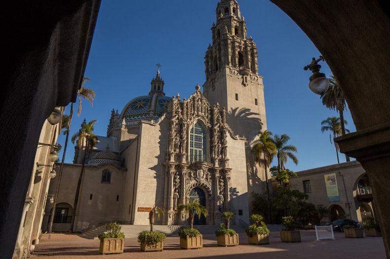 Антропологический музей в Сан-Диего