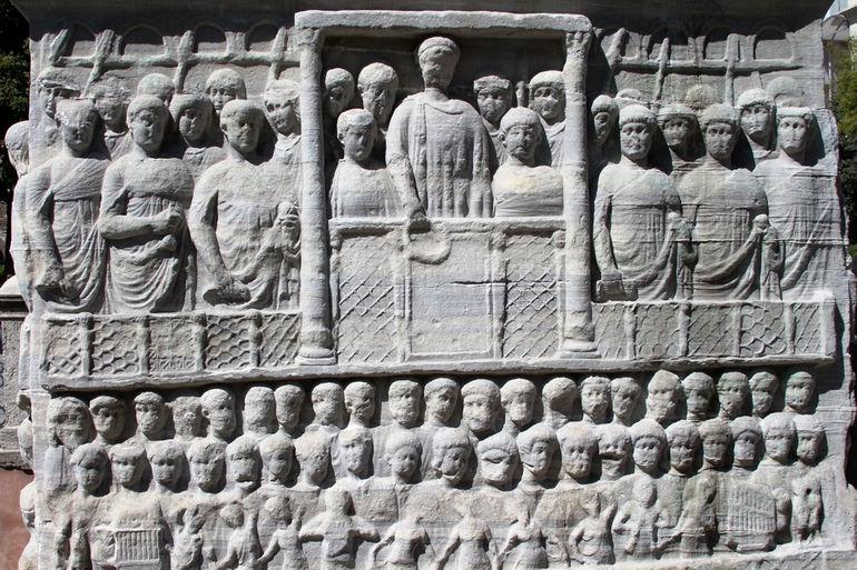Обелиск Феодосия