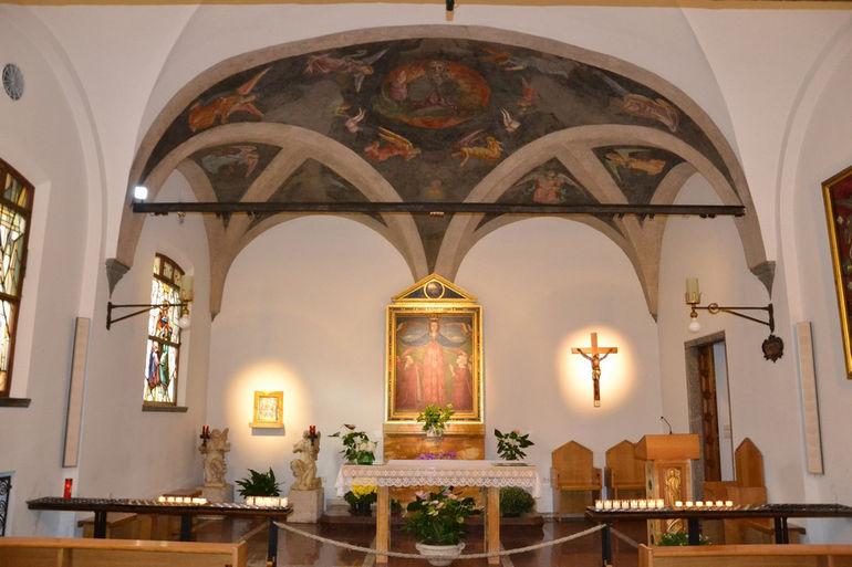 Santa_Maria_delle_Grazie_(Milan),_navata_07