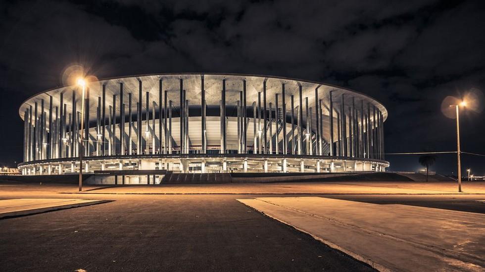 phoca_thumb_l_estadio-nacional-mane-garrincha-10