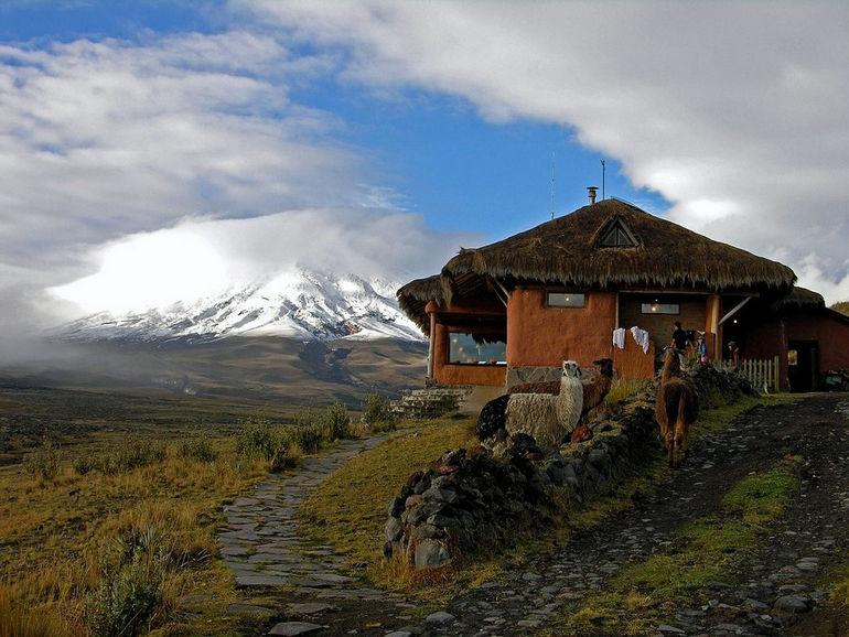 Ecuador-Cotopaxi-Tambopaxi-Outside
