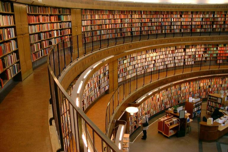 Стокгольмская общественная библиотека (Швеция)