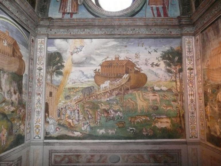 San_Maurizio_Luini_noah's_ark