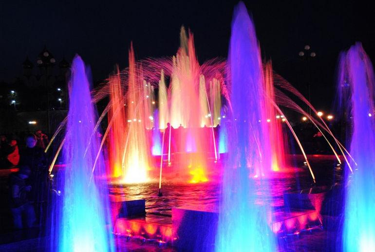 cvetomuzykalnye-fontany