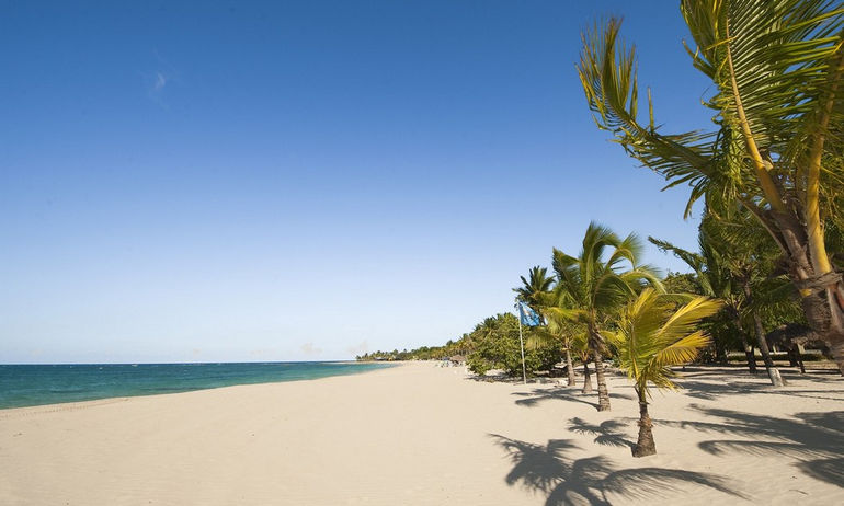 playa-dorada-puerto-plata-1800x1080