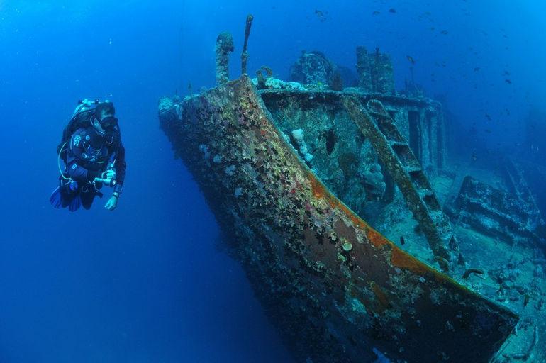 Tech-Diving-Thistlegorm-by-Yann-Vautrin