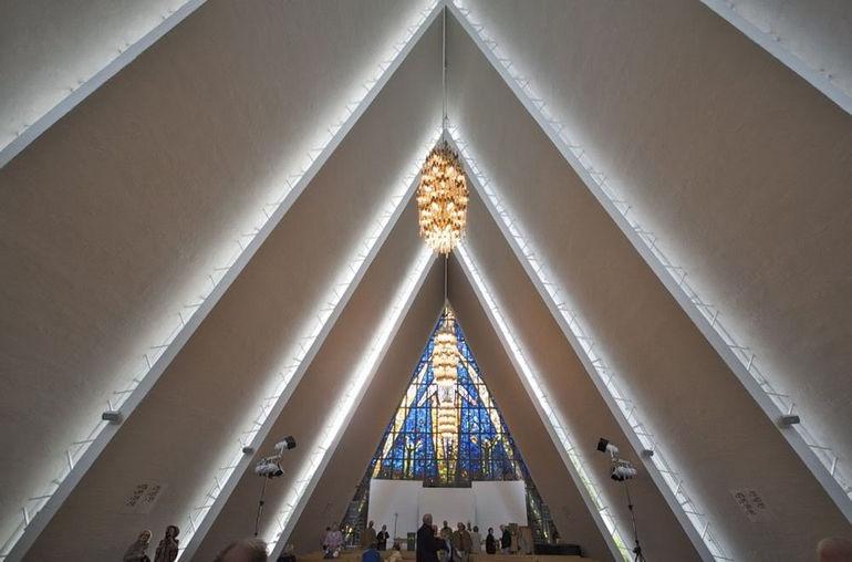 Арктический собор в Тромсдалене (Норвегия)
