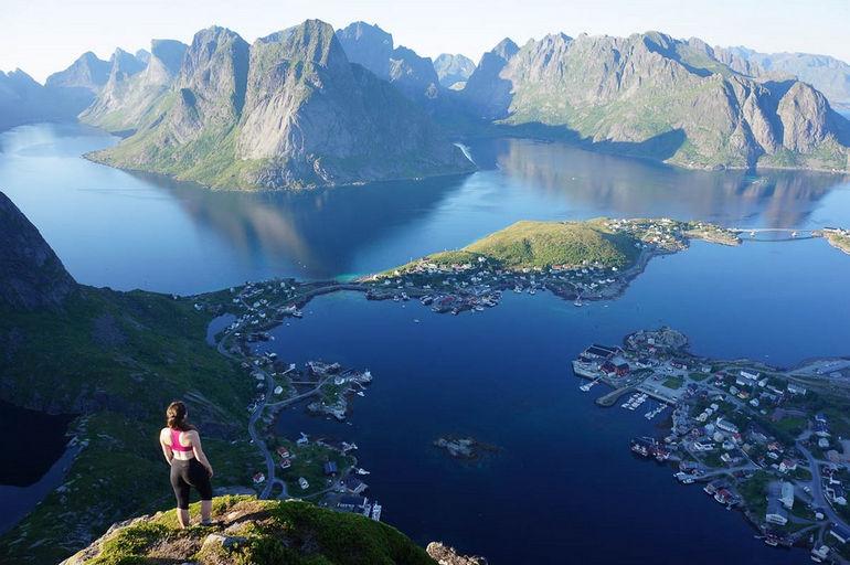 Архипелаг Лофотен: каскад старейших скальных островов на планете (Норвегия)
